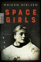 Maiken Nielsen - Space Girls