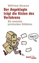 Wilfried Ahrens - Der Angeklagte trägt die Kisten des Verfahrens