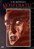 Nosferatu - A Symphony of Horror (1922) (s/w)