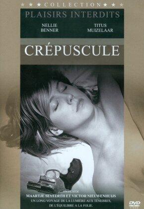 Crépuscule - Plaisirs interdits (2009) (s/w)