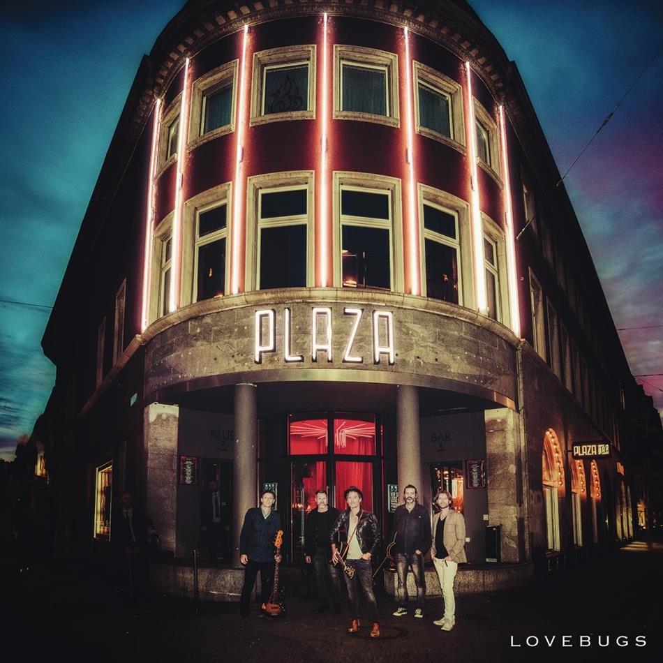 Lovebugs - At The Plaza