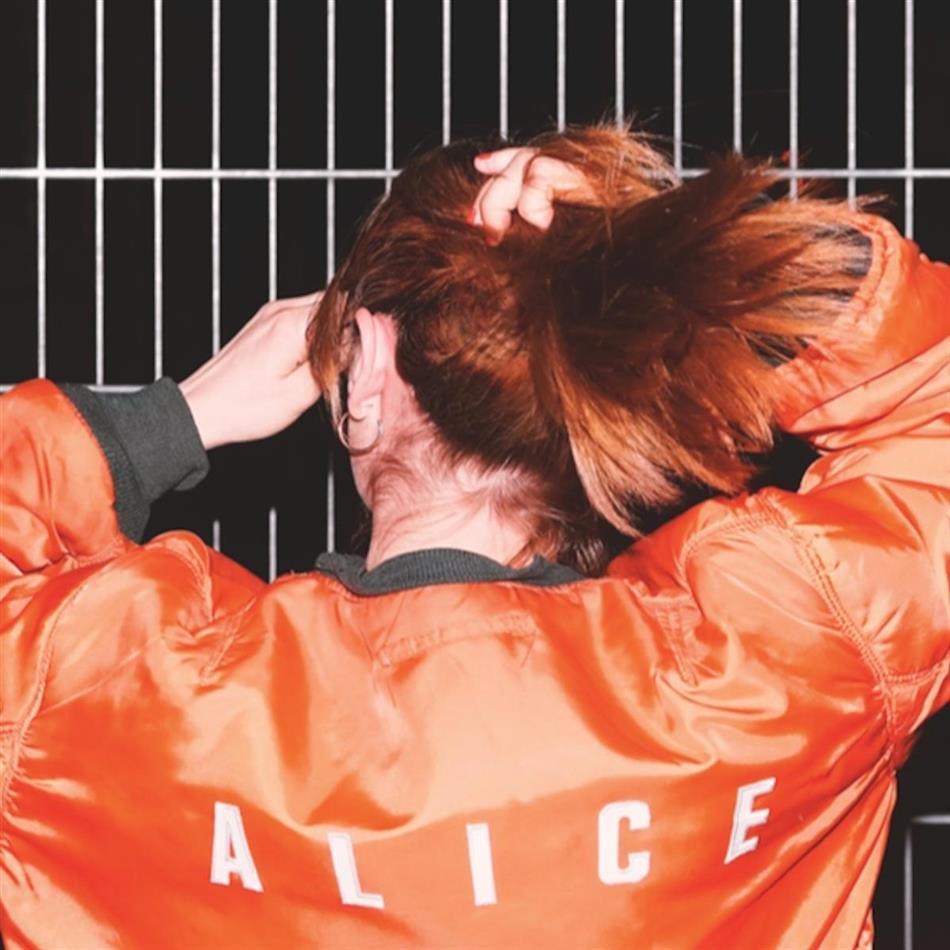 Karies - Alice