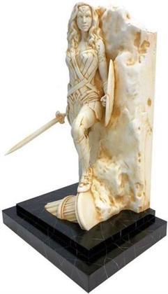 Dc Comics Wonder Woman Marble Finish Statue