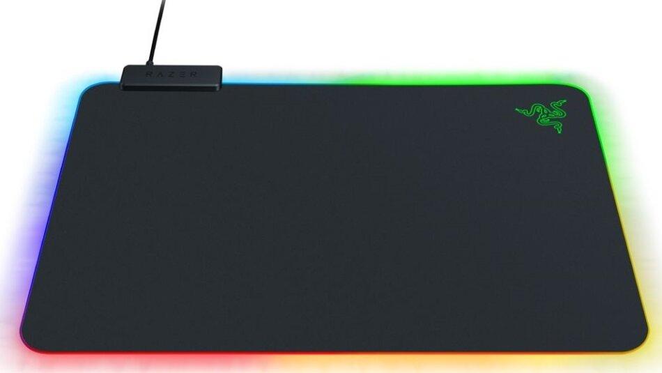 Razer Firefly V2 Gaming Mousepad