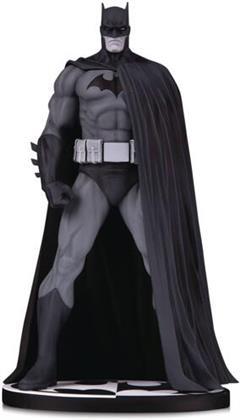 Batman Black & White Ver 3 By Jim Lee Statue