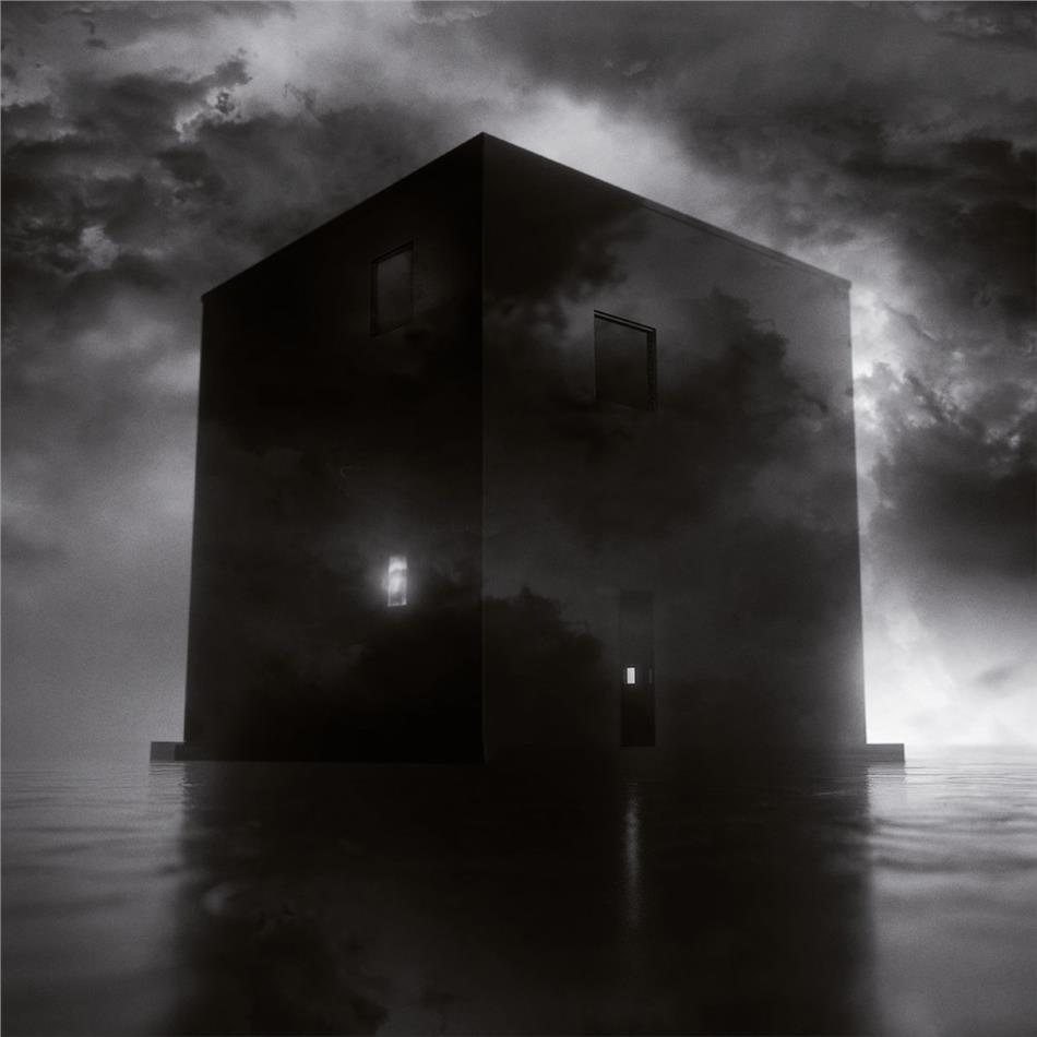 Secrets Of The Moon - Black House (Digipack)