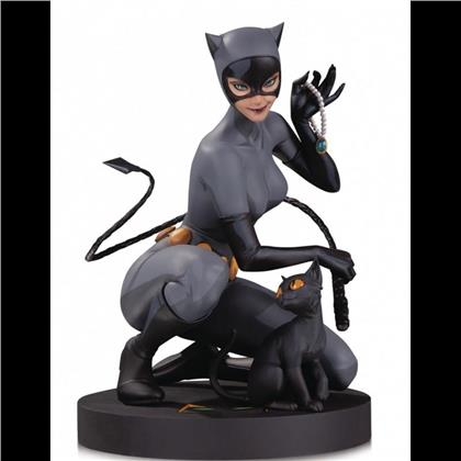 Dc Collectibles - Dc Designer Series Catwoman By Stanley Lau Statue