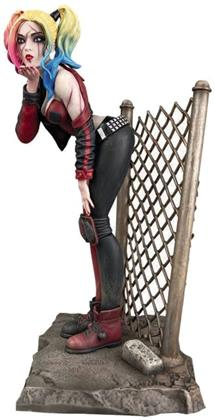 Diamond Select - Dc Gallery Dceased Harley Quinn Pvc Statue