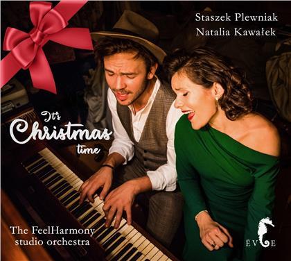Staszek Plewniak & Natalia Kawalek - It's Christmas Time