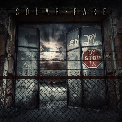 Solar Fake - Enjoy Dystopia (Deluxe Edition, 2 CDs)