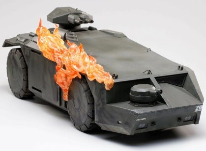 Hiya Toys - Aliens: Burning Armored Personnel Carrier Px 1/18