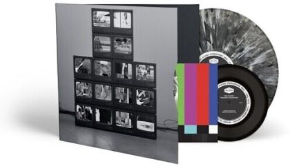 "Rise Against - Nowhere Generation (Deluxe Edition, White/Black Vinyl, LP + 7"" Single)"