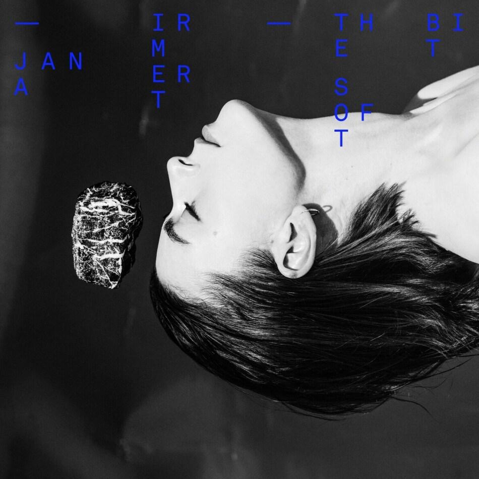Jana Irmert - The Soft Bit (Limited Edition, Blue Vinyl, LP)