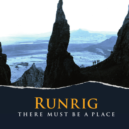 Runrig - There Must Be A Place - Deluxe Hardback Book Edition - DVD/Blu-Ray (CD + DVD + Blu-ray)